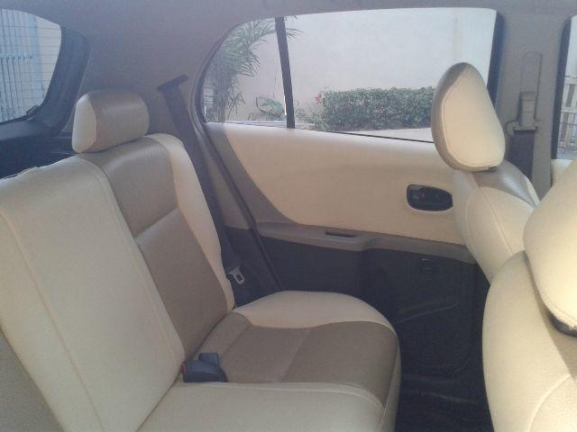 DI jual Toyota Yaris Type J thn 2011 bulan 2