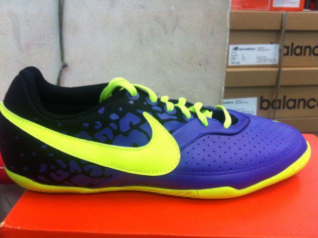 Terjual READY sepatu futsal NIKE elastico II original  27f183eaeb