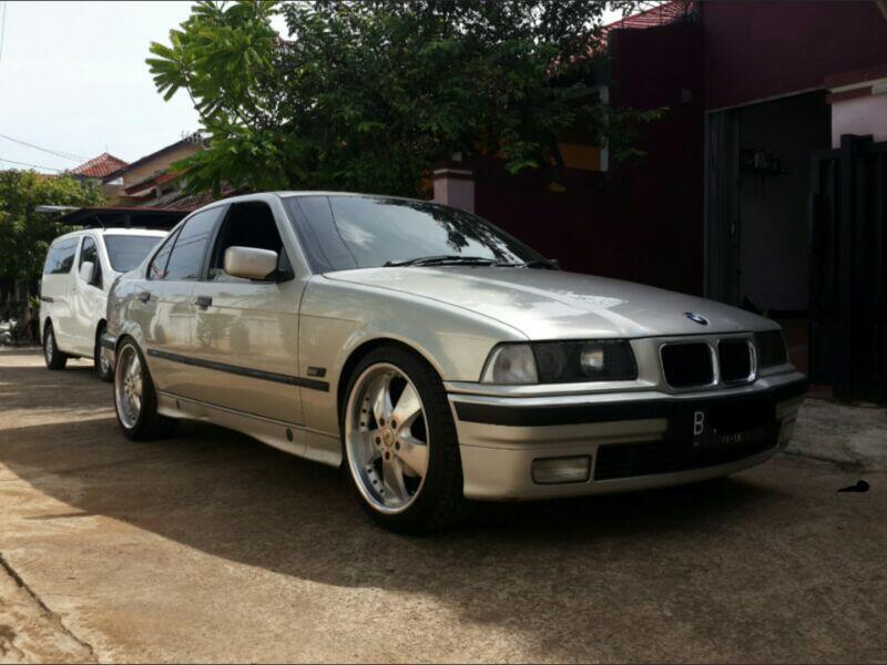 BMW 323i M52 Silver Matic. bisa TT/Barterr ganzz