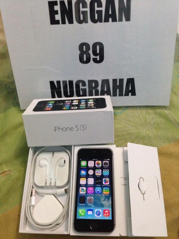 Terjual IPhone 5S GRAY 32GB Amp 64GB Mulus Muluss Seger