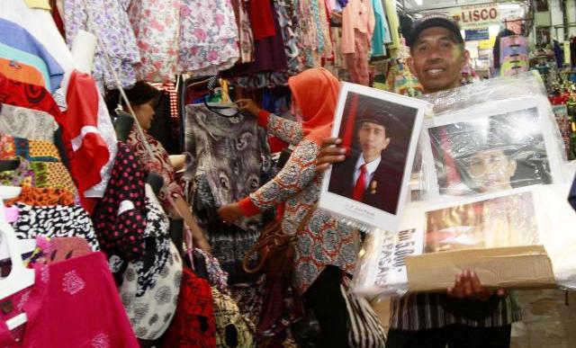 SD di Boyolali Wajib Beli Foto Jokowi-JK Rp200.000 per pasang!