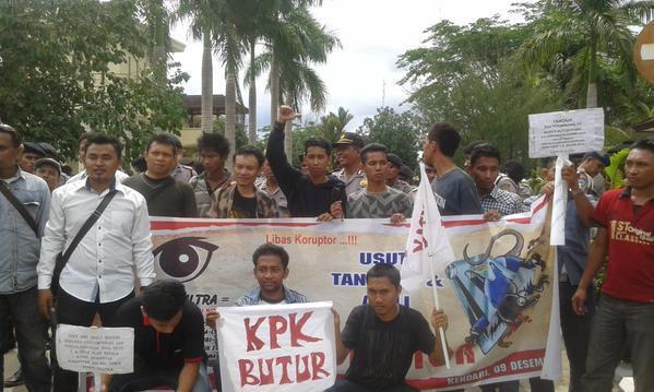 Penyalahgunaan Kewenangan Bupati Bupati Buton Utara Siap Dilaporkan Ke KPK