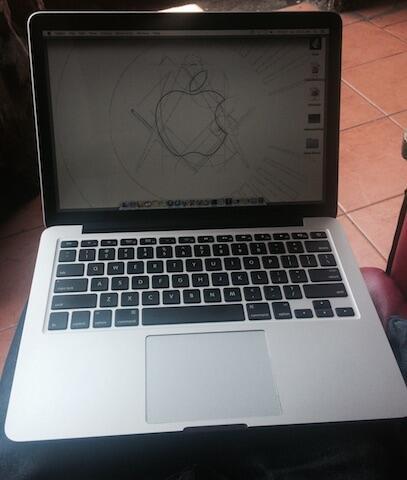 "CEPET AJA: Macbook Pro ME865 13"" Retina Display Haswell, 8GB, VGA Intel Iris, Bandung"