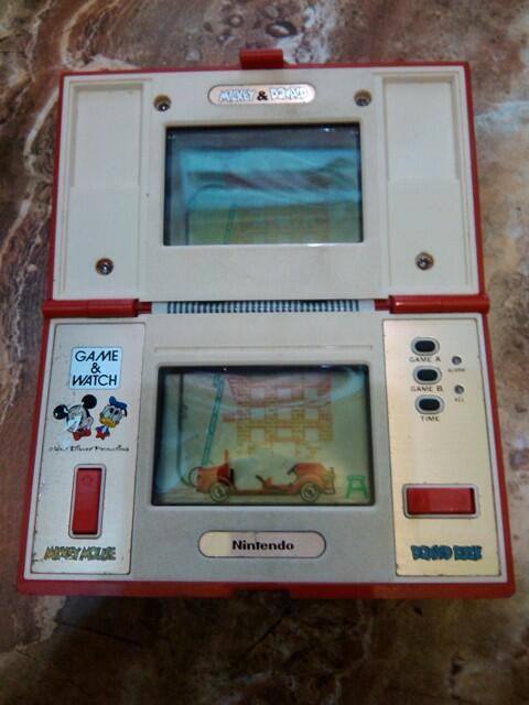 Gamewatch/gimbot Nintendo Mickey & Donald dan Submarine Battle apa adanya