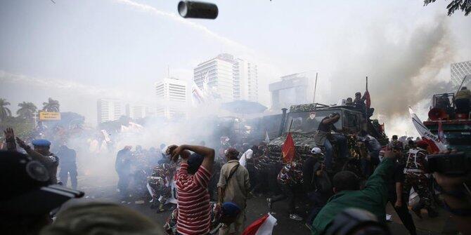 Foto Rusuh Pendukung Prabowo Jadi Foto Terbaik di Media Inggris