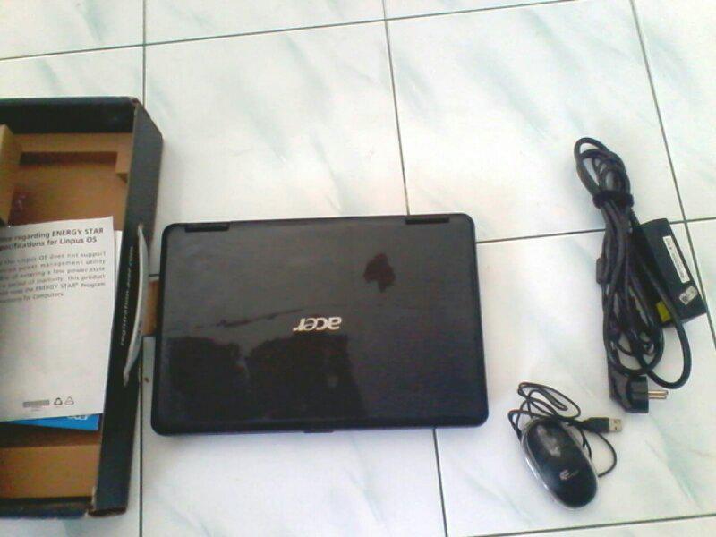 laptop ACER aspire 4732z kondisi normal mulus
