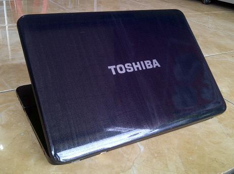 Jual Laptop Bekas TOSHIBA Satellite L840 Core i3 Sandy Bridge 3-Jutaan Malang