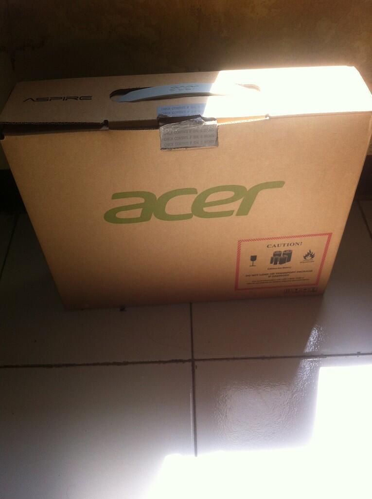 Acer v3 471