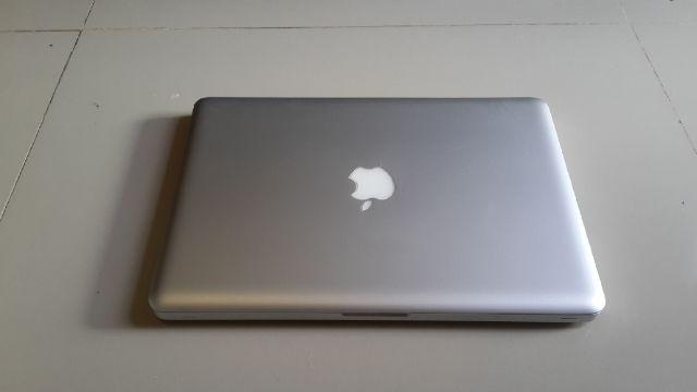FULSETT MACBOOK UNIBODY 5.1 CORE 2 DUO HDD 320 GB RAM 2 GB MULUS HRG OK!
