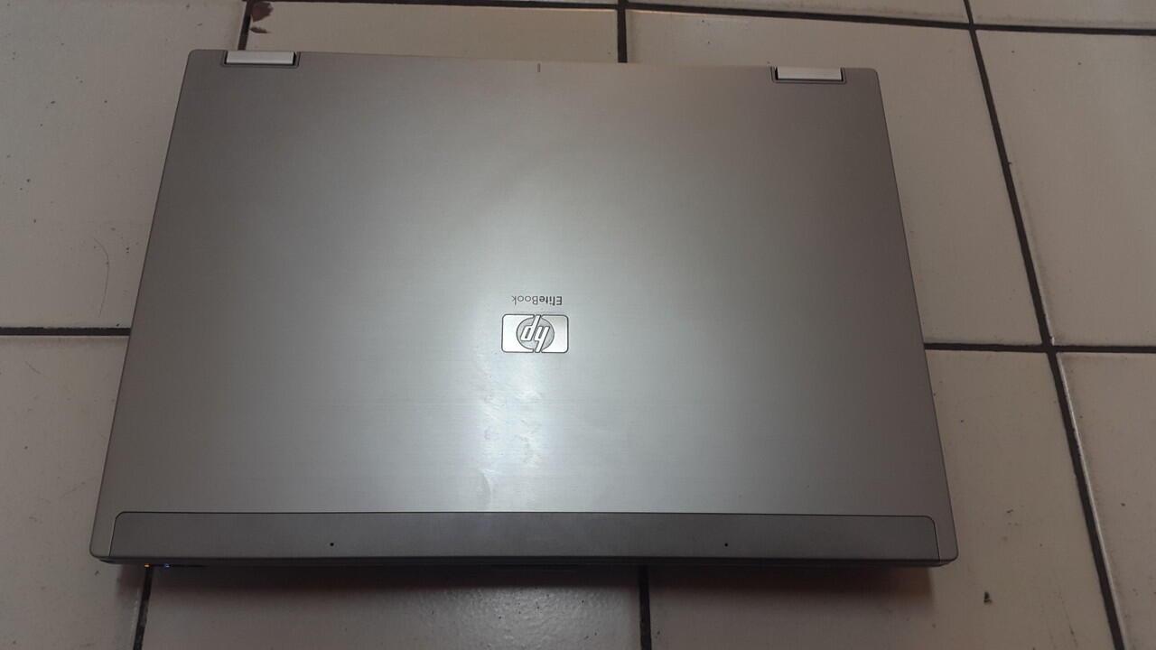 hp elitebook 6930p coreduo handal ex impor murah cuma 2 juta