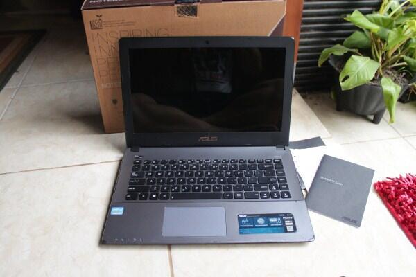Notebook Asus X450C Intel Core i3 Ivybridge/2gb/500gb tipis garansi sampai akhir 2015