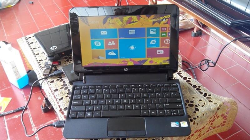 HP MINI 110 3500 N570/2GB/320 WIN 8