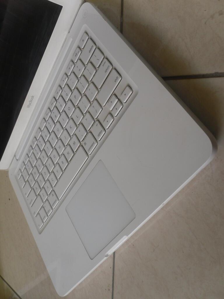 Macbook White 7.1 mid 2010 unibody kota solo