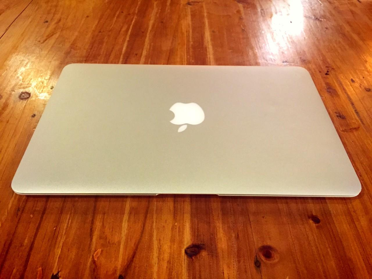 "Macbook Air 11"" Haswell Custom Core i7 RAM 8Gb Garansi Panjang"