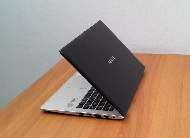Laptop/Ultrabook ASUS S400C Core i5 Ivybridge, Touchscreen, Bandung