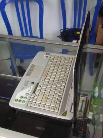 Laptop Acer 4720 core2duo ram 1 hdd 160 batre 2jam