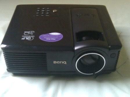 lcd proyektor benq mp515 baru terpakai 6 jam kudus semarang pati jepara indonesia