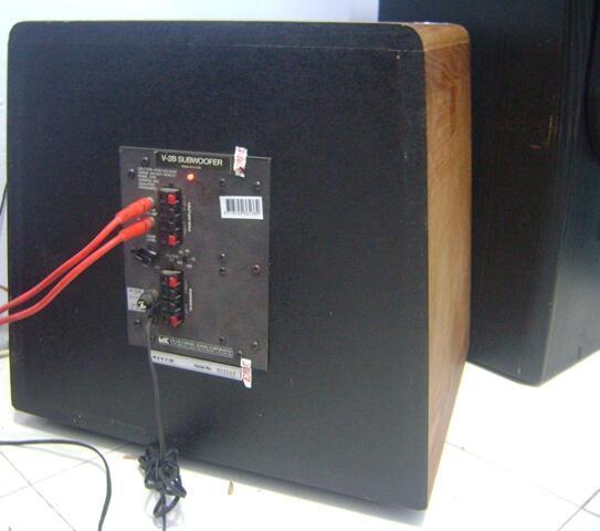 M&K MILLER & KREISEL V-2B 12 inch SUBWOOFER