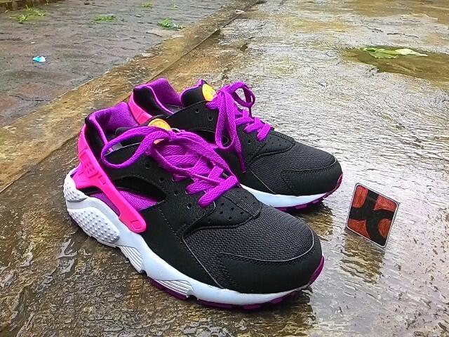 Josscorner | Nike Huarace Woman , Nike Cortez BNWB