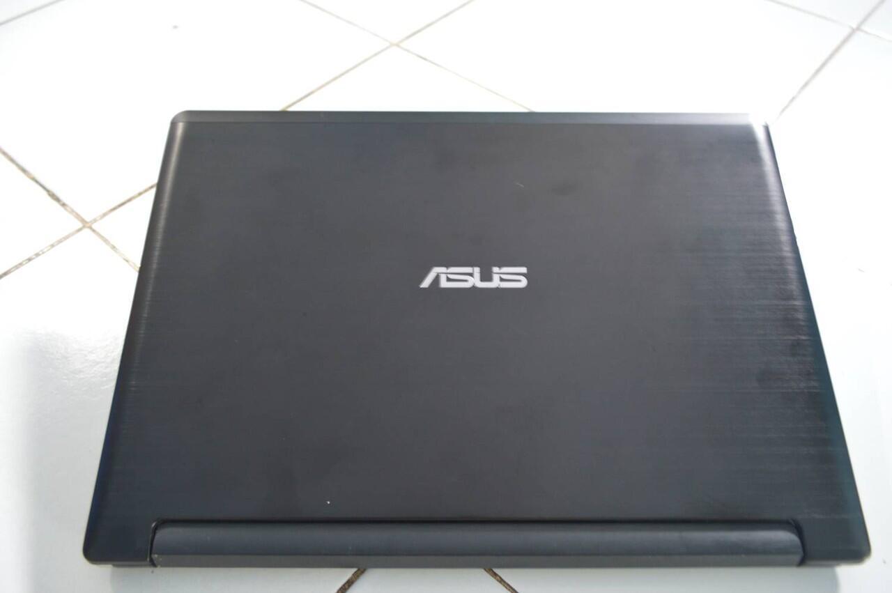 Asus A46CB i5 gaming, fullset, garansi panjang like new