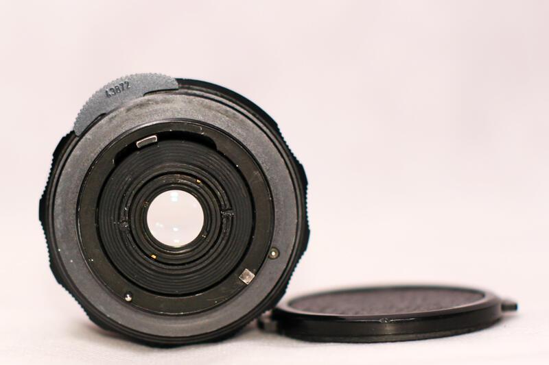 Vintage SLR ASAHI PENTAX SPOTMATIC F GOLD + S-M-C TAKUMAR 50 mm 1,4 DAN 28 mm 3,528