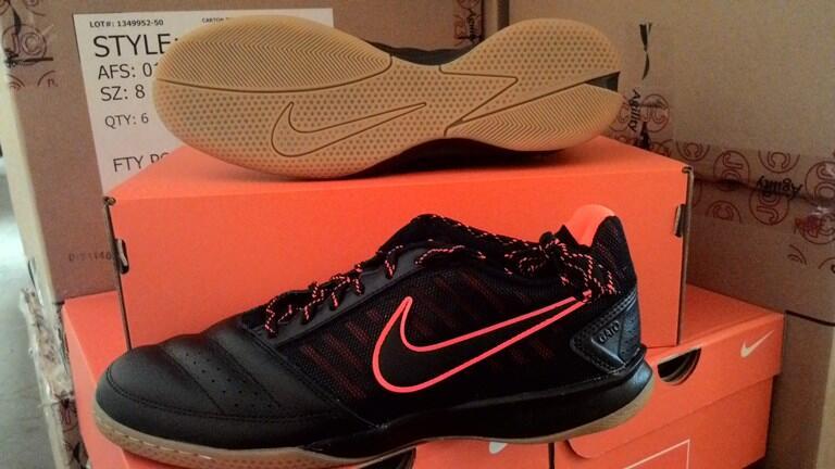 Sepatu Futsal NIKE GATO II 580453-008 Black Total Crimson Original