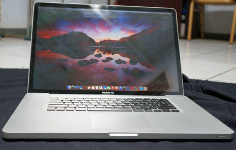 Latest Edition of Macbook Pro 17-inch MD311 Upgraded