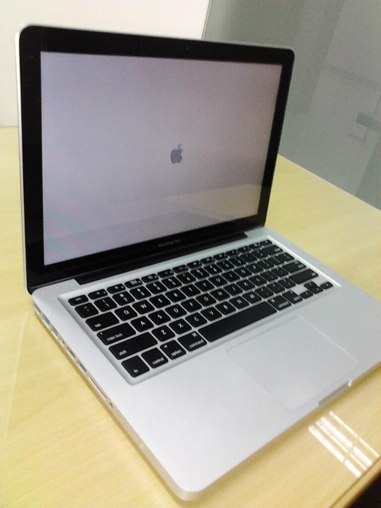 Dijual MacBook Pro core 2 duo