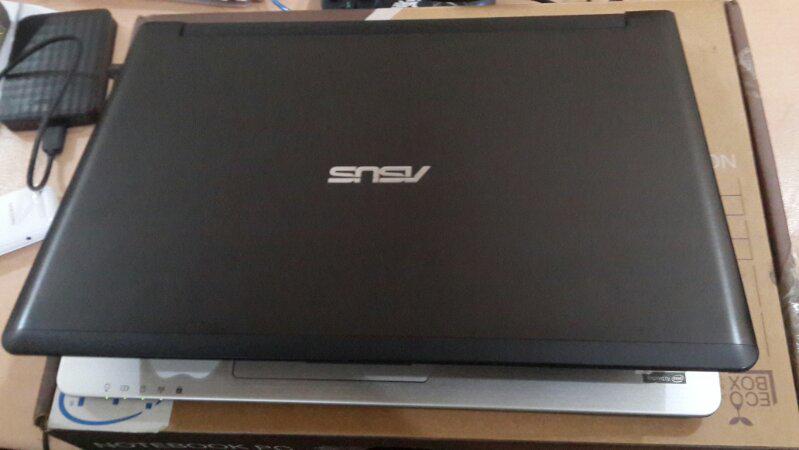Asus Ultrabook s46c, Core i5 3317 /4GB/750GB + 25gb SSD/VGA GT 635m * 2gb murahh