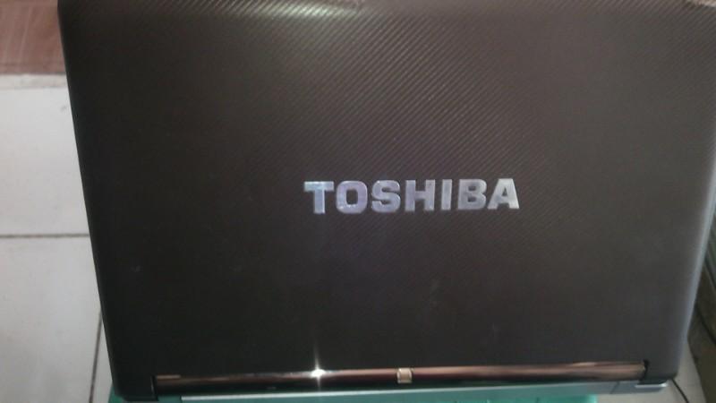 netbook murah Toshiba nb305