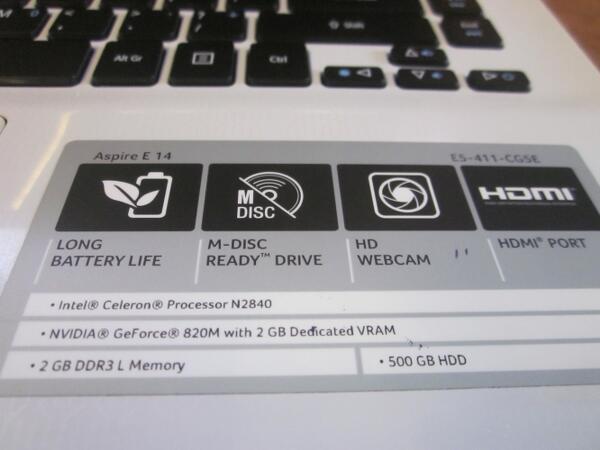 Acer E5-411 Dual Core N2840 Haswell with VGA 2GB Putih, Garansi Panjang