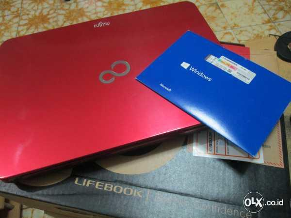 Japan Fashionable Notebook Fujitsu LH532V Nvidia Core i5 Win 8.1 Ori Garansi 7 Bln