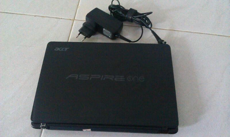laptop acer aspire one 722 bataangan mulus segel