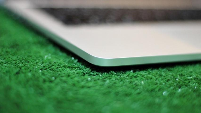 "MacBook Pro retina display 13"" mules"