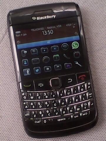 Blackberry 9700 Onyx 1 Hitam batangan sedikit minus