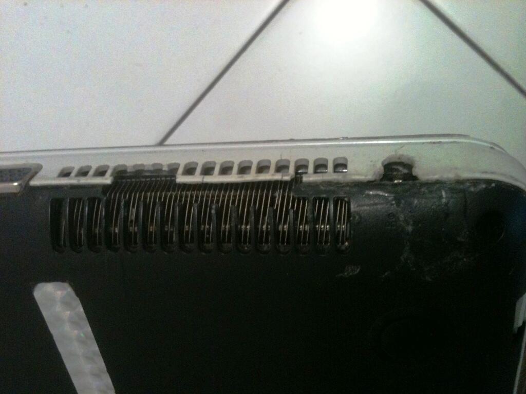Jual Murah Laptop Canggih Toshiba L840 Core i5 Lancar Buat Maen PES2013
