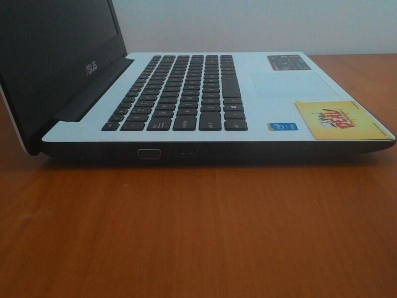 ASUS X453MA-WX248B. Pentium Quad N3540. Win 8.1 Bing. Termurah. @AyukDeal.com