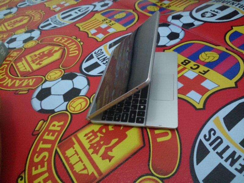 >>Acer switch hybrid laptop tablet mulus murah meriah uy/Rekber<<