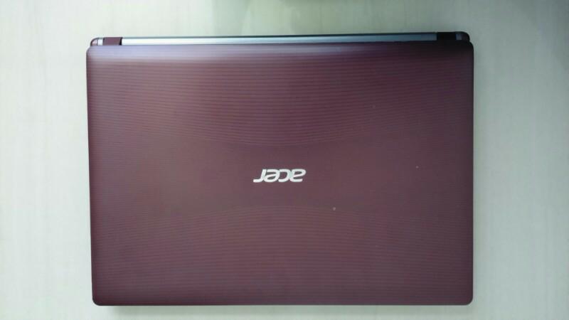 WTS Acer ASPIRE 4755g merah, Core i7, Kondisi 99%