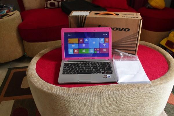 Notebook Lenovo Ideapad S205 AMD Brazos dualcore E450 vga amd hd6320 layar 12in mulus