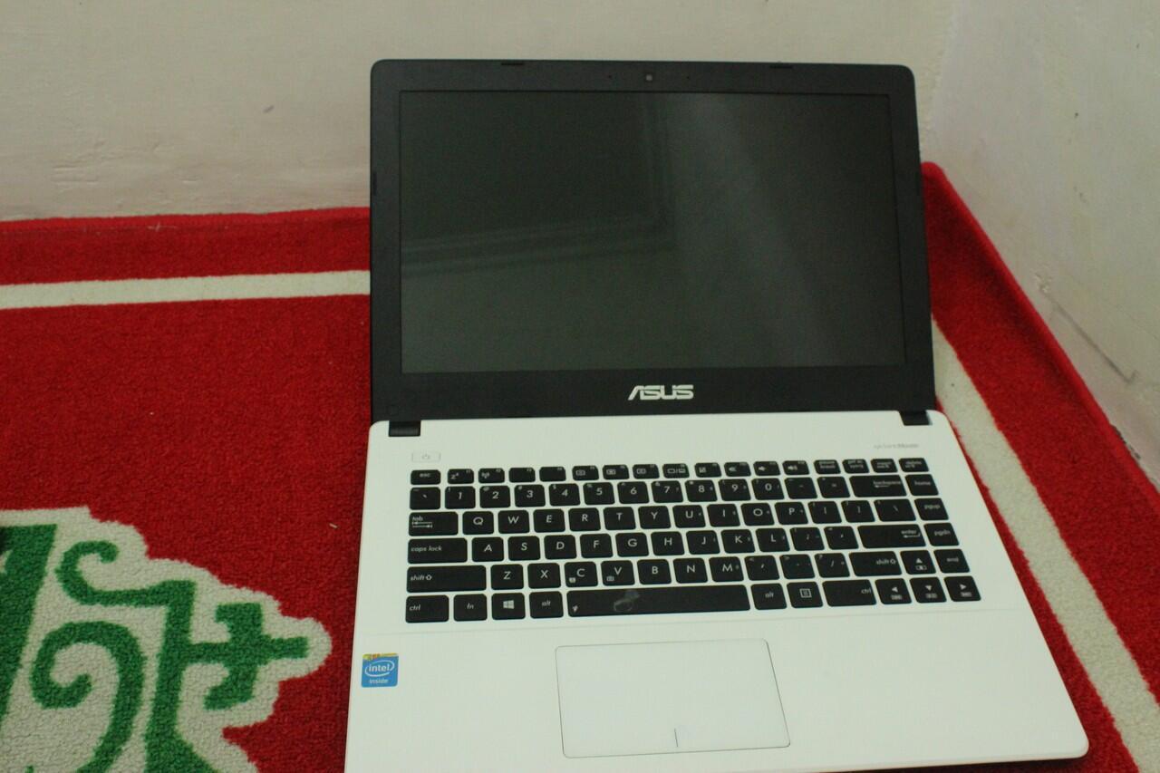 [WTS]Asus X450CA-WX242D 1007U / 2GB / 500GB DOS
