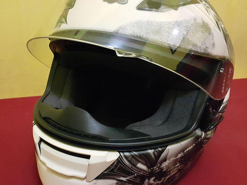 HELM SHOEI RF1100 WHITE 95% (NOT AGV HJC NOLAN ARAI APALAGI KYT INK )