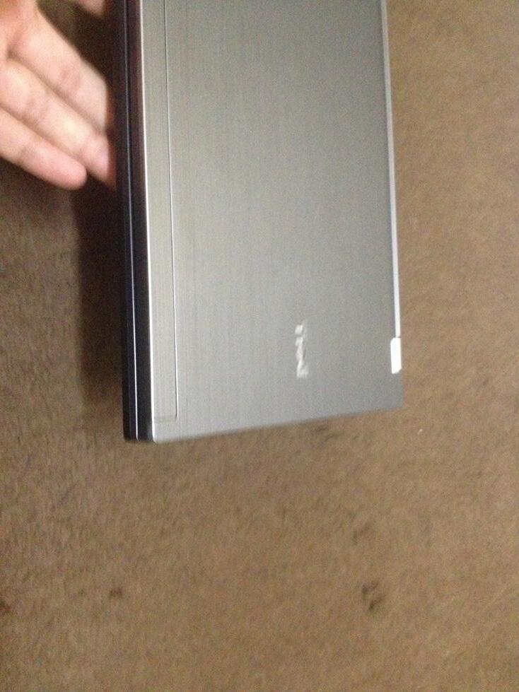 DELL LATITUDE E4310| i5 520M 2.4 GHZ| WEBCAM| 4 GB RAM| 250GB HDD| MULUS AS NE