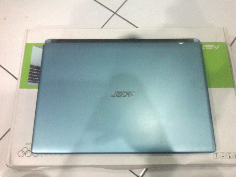 Laptop Acer V5-471G Core i3 Garansi s/d Mei 2016 Bandung