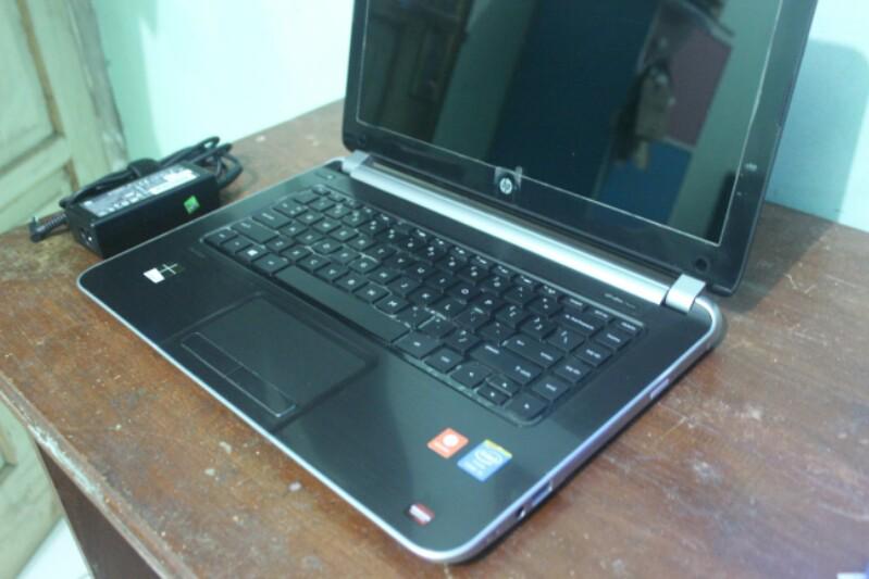 [ZZ] Laptop HP Pavilion 14 i5 Haswell Ram 4 Hdd 750 Ati Radeon 2GB Like New