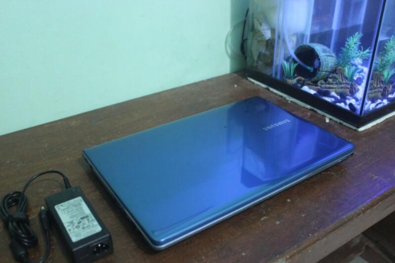 [ZZ] Laptop Samsung NP355V4X AMD A6 Ram 2 Hdd 500 || Semarang