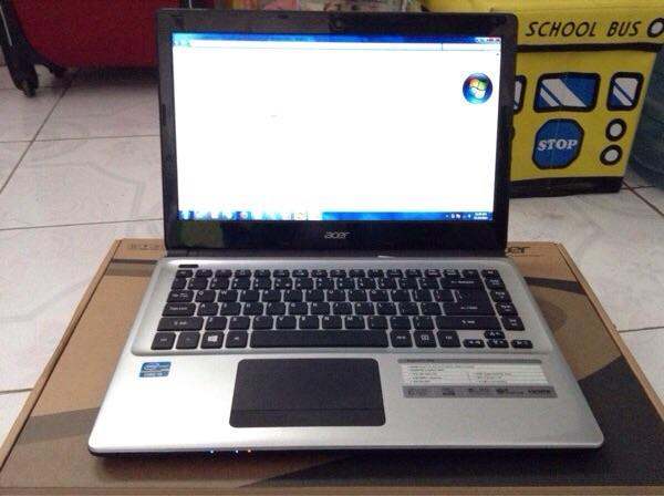 Laptop acer aspire E1-470, Core i3, Ram 4Gb