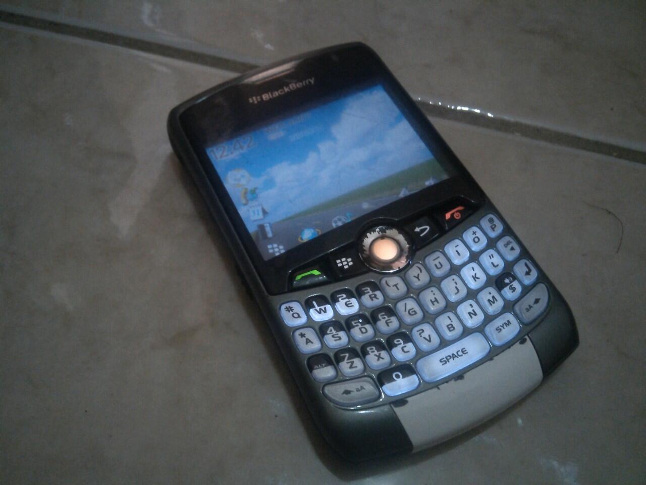 WTS Borongan Andromax G2 Fullset Mulus & BB Blackberry 8320 Normal BU Bandung