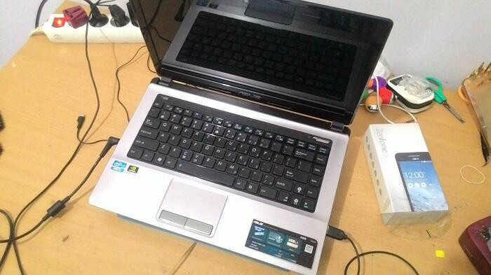 LAPTOP GAMING ASUS A43S / K43SJ CORE i3 NVIDIA 520M 1GB