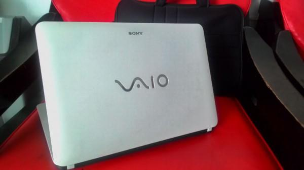 SONY VAIO SVF14416SGW GAMING AMD A8 TOUCH Asus Rog